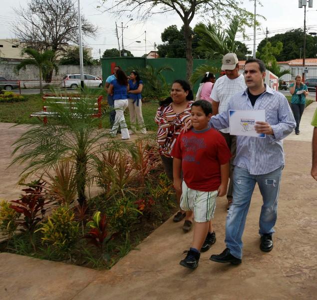 Gobernación adelanta mejoramiento de vialidad y plaza de Chuparín Central en Puerto la Cruz