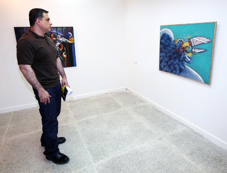 Tarek inauguró primera Exposición Colectiva del año 2011 en la Galería Pedro Báez