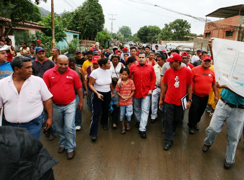 Gobernación realizó mejoras en asfaltado y alumbrado en comunidad de Pachaquito
