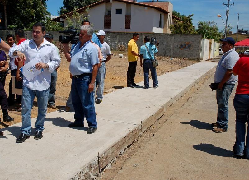 Tarek continúa consolidación de vialidad de  avenida Guzmán Lander