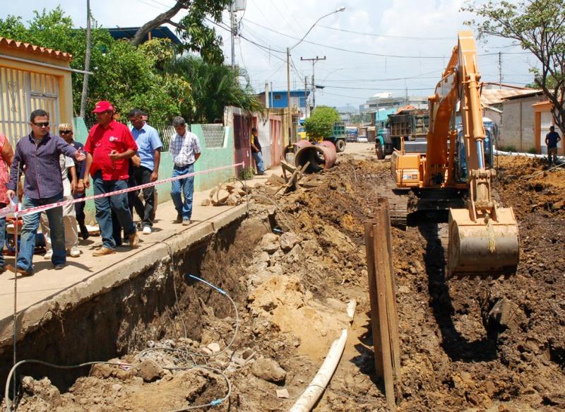 Gobernación consolida planes para surtir de agua a comunidades de Anzoátegui