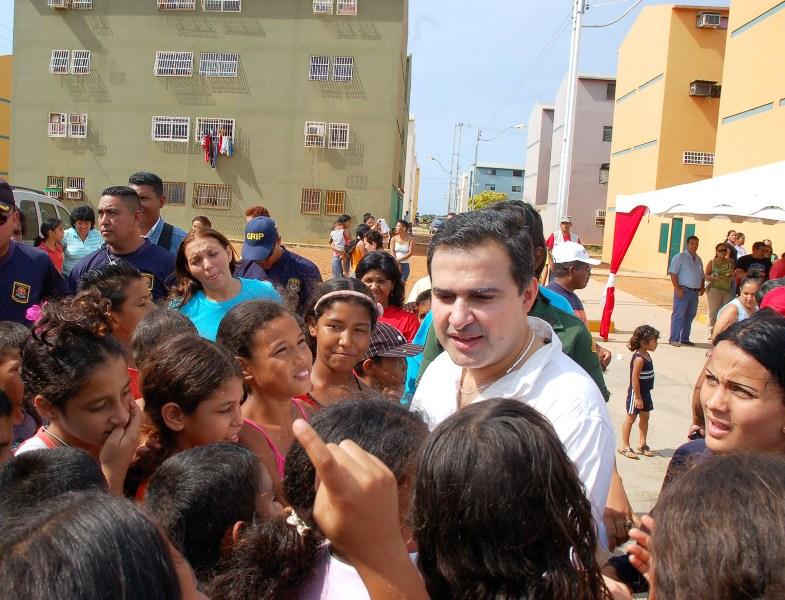 Gobernación continúa trabajos de urbanismo y equipamiento de servicio en Los Cumanagotos I y II
