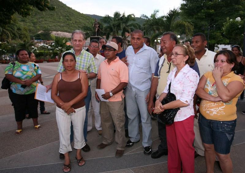 Ejecutivo regional atiende Comunidades de Guanta