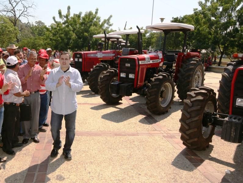Gobernación apoya desarrollo de Comunas y Consejos Comunales agrícolas.