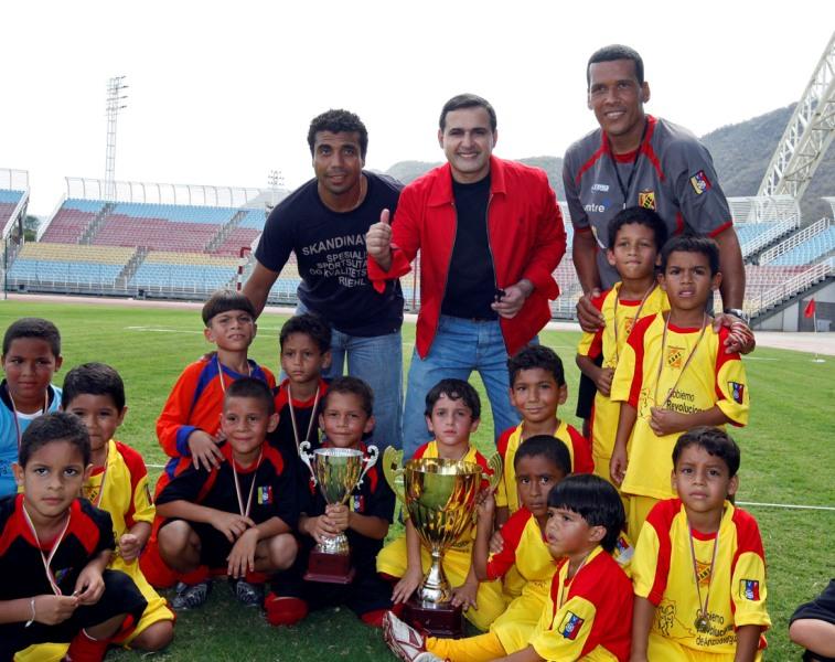 Pequeños del Deportivo Anzoátegui pusieron la fiesta al golear 8-1 al Caracas