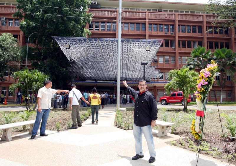 Entrega fachada hospital