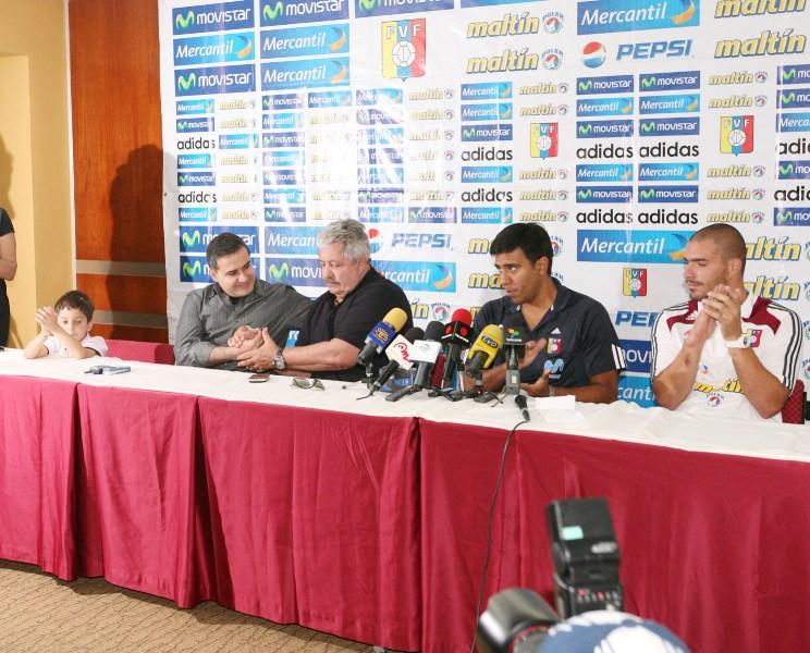 Rueda de prensa Tarek y Cesar Farias