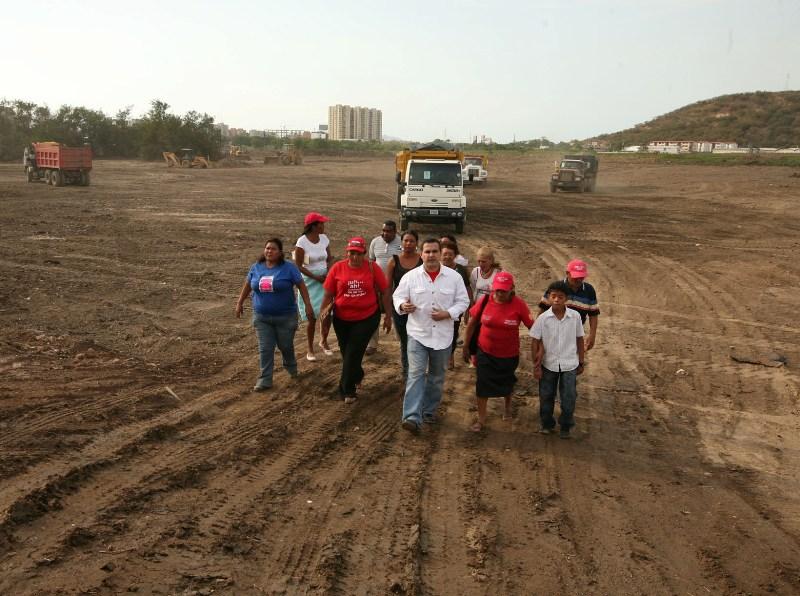 Tarek inspecciono trabajos en laguna de Boyacá