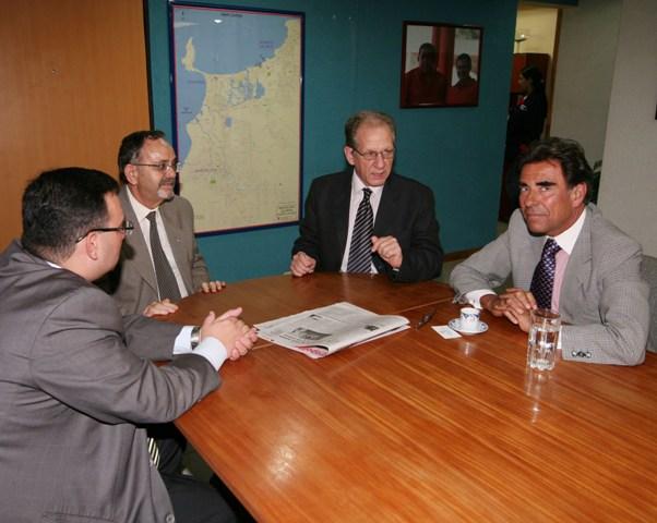visita-del-consul-del-espana.jpg